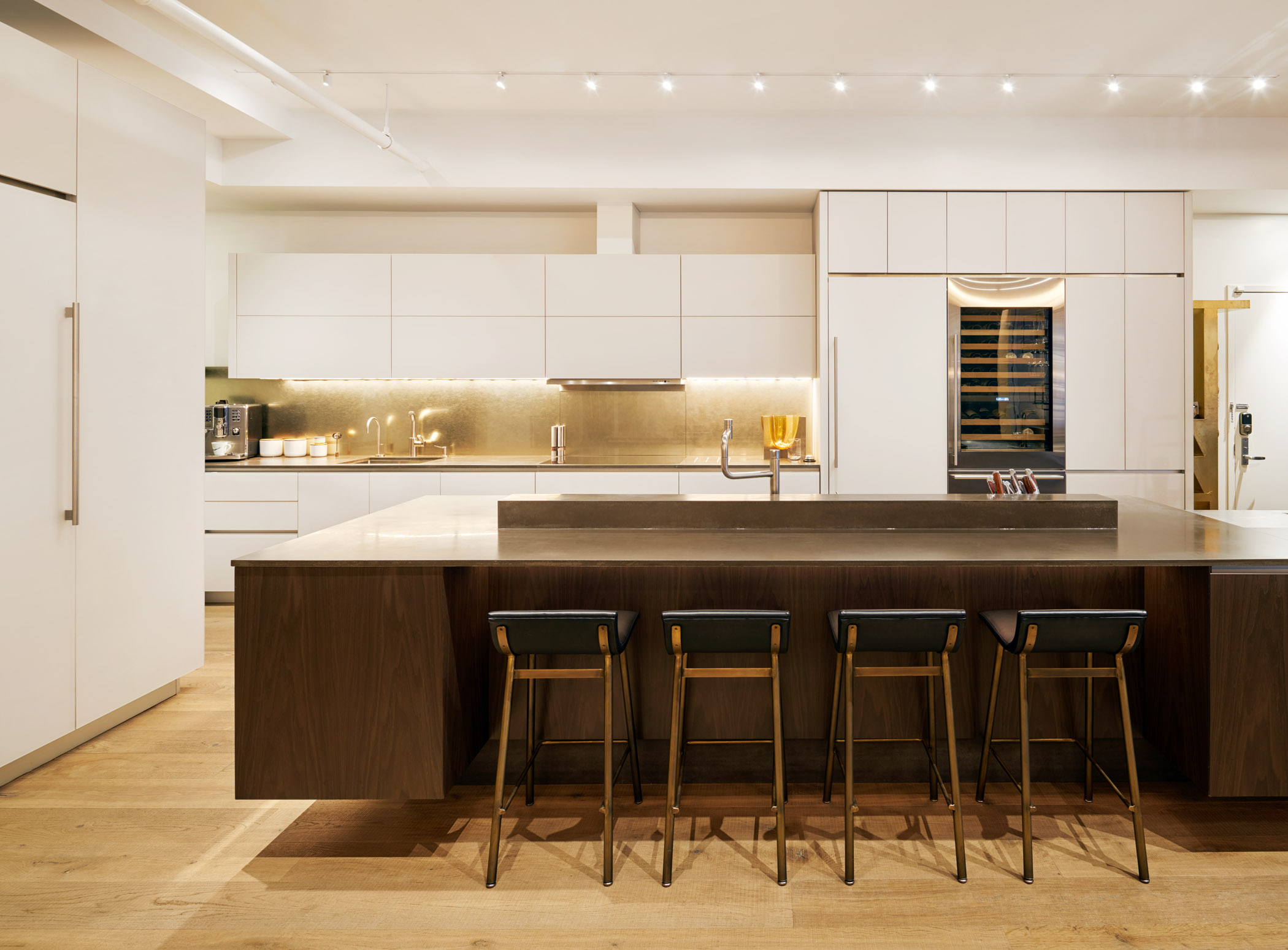 181015_16CrosbySt_Kitchen1_149